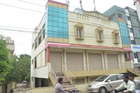 Shop Or Showroom For Rent In Krishna Lanka