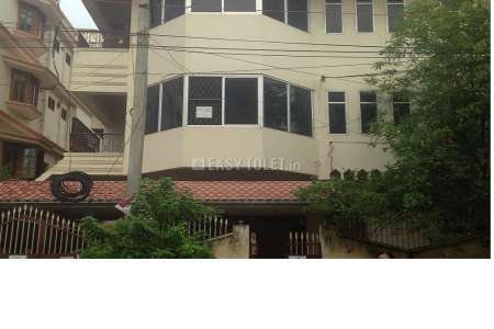 3 BHK Independent House For Rent In Benz Circle