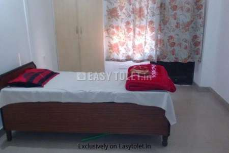 1 BHK Bachelor Accommodation For Rent In Ahinsa Khand 2
