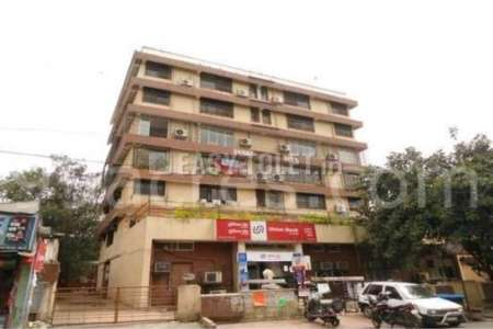 Commercial Space For Rent In Malad East