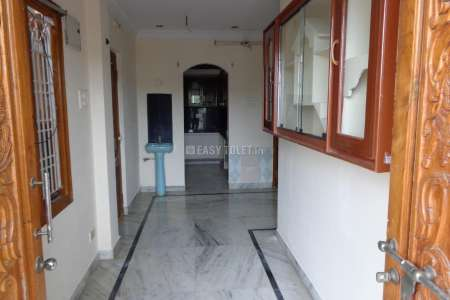2 BHK Independent House For Rent In Machavaram